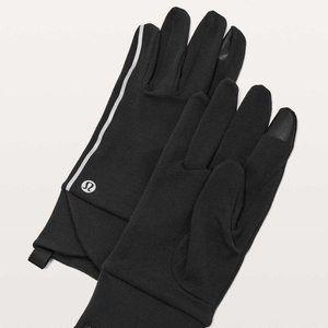 Lululemon Cross Chill Run Gloves - Various Sizes